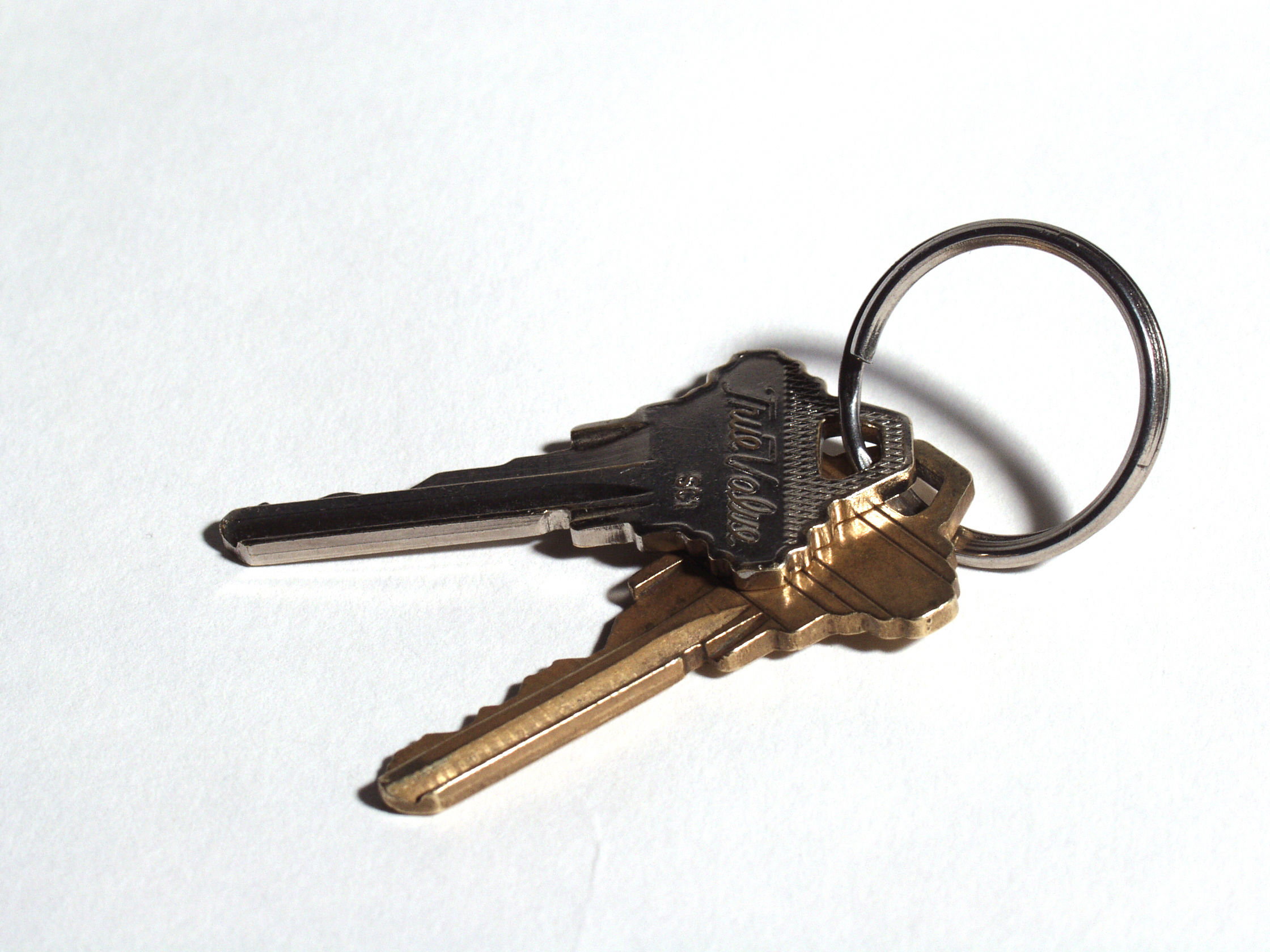 Keep Gaffers Tape Handy with a DIY Keychain